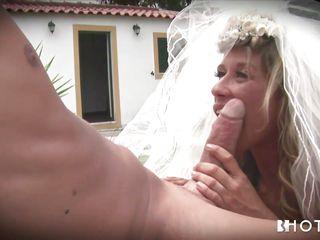 Порно жена изменяет муж снимает