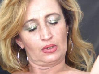 порно небритых зрелых женщин видео