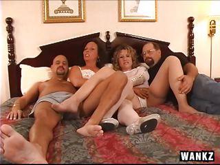 Смотреть порно мужчины дрочат
