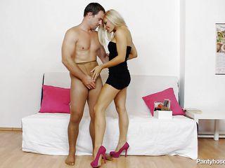 Сексуальные прозрачные трусики