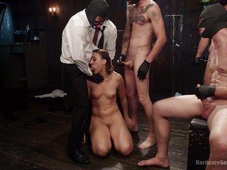 Грубый секс в тюрьме