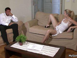 Зрелая госпожа раб порно