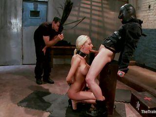 секс рабом две госпожи