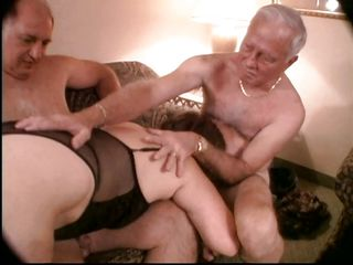 Старые жирные жопы порно фото