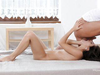 Красивое порно с худенькими