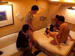 Женское доминирование азиатки порно видео