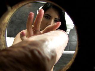Сперма на женских трусиках фото