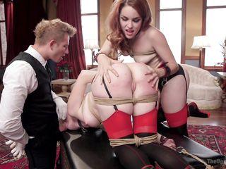 Униформа секретарши для секса в офисе