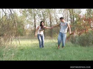 Видео порно пока жена