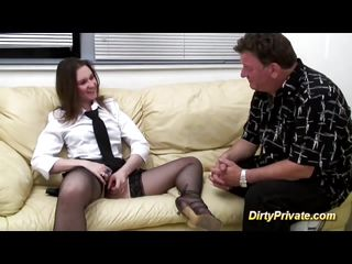 Порно кастинг небритой