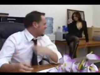 Жестоко ебут секретарш