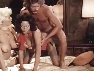 Порно порка привязанных