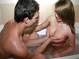 Домохозяйки голые порно видео