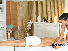 огулов массаж живота видео