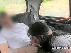 Минет в такси
