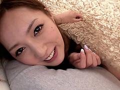 Порно мастурбация под столом