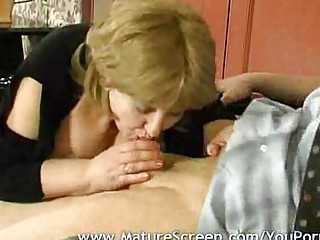 Порно зрелые дамы сперма