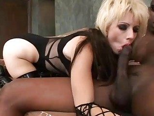 Наказание жены видео